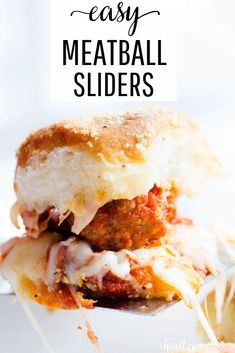 These Meatball Sliders are the perfect and EASY appetizer to make for your next party! Made with Hawaiian rolls, meatballs, marinara, mozzarella and topped with a delicious butter and Parmesan seasoning. Easy To Make Appetizers, Appetizers For Party, Appetizer Recipes, Meat Appetizers, Appetizer Sandwiches, Hawaiian Roll Sliders, Kings Hawaiin Sliders, Hawaiian Roll Sandwiches, Kids Meals