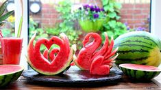 ItalyPaul - Art In Fruit & Vegetable Carving Lessons: Art in Watermelon Swan Watermelon Carving, Food Art, A Food, Fruit And Vegetable Carving, Food Garnishes, Fire And Ice, Fruit Art, Veggie Recipes, Cinco De Mayo