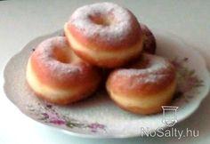 Farsangi fánk Doughnut, Baking, Desserts, Food, Hungary, Tailgate Desserts, Deserts, Bakken, Eten