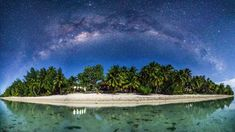 I was on Aitutaki (Cook-islands) for 3 days and had two nights with perfect conditions to capture this glorious night sky. - Imgur