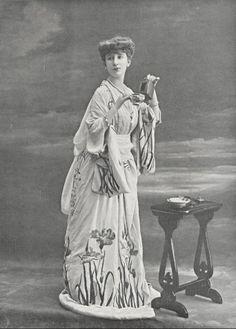 Mlle Marconier, 1905