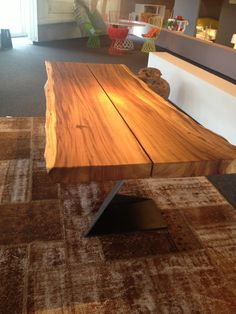 tavolo vedi anche ditta CE8 srl