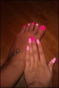 Cute summer toes and nails! :)
