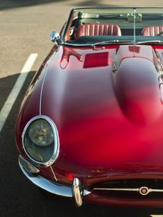 Jaguar E-Type--one of the most beautiful cars every cars sport cars cars sports cars vs lamborghini Luxury Sports Cars, Classic Sports Cars, Classic Cars, Red Sports Car, Classic Style, Jaguar E Type, Jaguar Xj, Jaguar Sport, Jaguar Cars