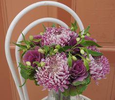 Great Purle Flowers - Blumenabo von StarFlower Großblütige Herbstblüher sind in dieser Woche unsere Blumen. Wir haben bewusst auf die bunten Farben des Herbstes verzichtet und finden die Lilatöne ganz besonders schön. Floral Wreath, Wreaths, Home Decor, Lilac, Fall Color Schemes, Flowers, Nice Asses, Floral Crown, Decoration Home