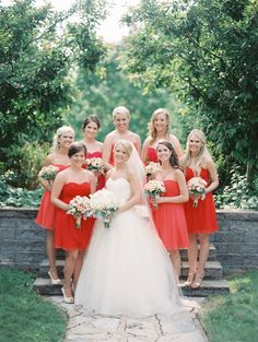 Bridesmaids in Shades of Red | photography by http://www.claryphoto.com/