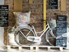 Foodies sobre ruedas: los mejores lugares para llegar en bicicleta - Planeta JOY Bicycle, Motorcycle, Vehicles, Foodies, Google, Wheels, Bicycles, Restaurants, Places