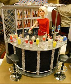 Lots of creative collectors are customising this Gloria Happy Hour set. Here, someone even made the drinks!