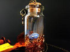 Romantic feather glass bottle necklace bottle pendant nature lover gift terrarium bridesmaid egg necklace mini terrarium bird nest necklace de FamDdaear en Etsy