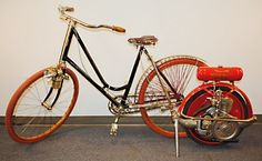 1890 ANTIQUE BICYCLE -