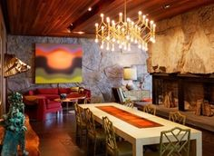Go Eclectic and Chic in the Dining Room - http://www.amazinginteriordesign.com/go-eclectic-and-chic-in-the-dining-room/