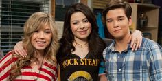 """""""iCarly"""" Star Nathan Kress Just Revealed Which Girl Freddie Belonged With and You Might Not Like His Answer Nickelodeon Shows, Nickelodeon Cartoons, Jerry Trainor, Icarly Cast, Dawn Pictures, Jenette Mccurdy, Icarly And Victorious, Nathan Kress, Sam And Cat"""
