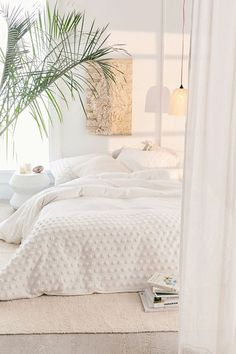 Tufted Dot Duvet Cover Serenity inspiration with this cozy white bedroom as possible. Cozy Bedroom, Dream Bedroom, Peaceful Bedroom, Bedroom Bed, Bedroom With Sofa, Zen Bedroom Decor, Bedroom Rugs, Bedroom Simple, Trendy Bedroom