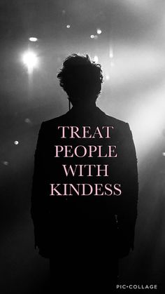 Treat people with kindness one direction harry styles, wallpapers, backgrounds, harry styles lockscreen Harry Styles Quotes, Harry Styles Pictures, Harry Styles Lockscreen, Harry Styles Wallpaper Iphone, One Direction Wallpaper, One Direction Harry Styles, Love Boyfriend, Budget Planer, Mr Style
