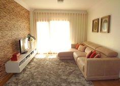 Sala de Estar Cortinados / quadros / tapetes / sofá / almofadas