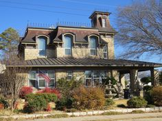 Weatherford Texas, Victorian Homes, Sweet Home, Mansions, House Styles, Places, Home Decor, Lugares, House Beautiful