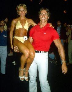 Arnold Schwarzenegger - Muscle gallery