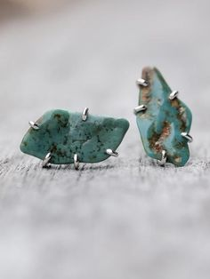 Roystone Turquoise Earrings    Turquoise is famous for its light blue color which has a sweet and feminine feel