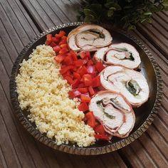 Omlós husitekercs Részletek az instagram oldalamon Caprese Salad, Cobb Salad, Photo And Video, Instagram, Food, Insalata Caprese, Eten, Meals