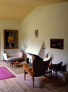 The home of the amazing Danish designer Finn Juhl. Adore that two-seater!
