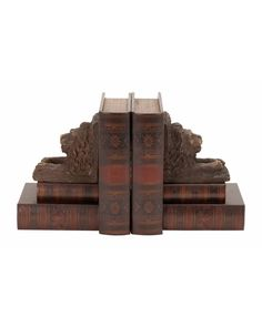 Wooden Leather Book Box Set with Lion Head Design Bookends - is a great gift item for students, scholars or anyone who loves to spend some time with books. Or, if you are a person who wants to see the study or reading table tidy and neat, you will find this wooden leather faux books a great way to get rid of the clutter on the table.