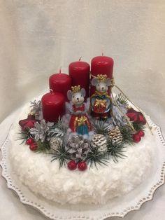 Christmas Advent Wreath, Christmas Bells, Winter Christmas, Wreaths, Table Decorations, Ideas, Craft Ideas, Homemade Christmas Gifts, Ideas For Christmas