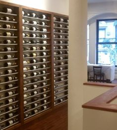 Low profile wine rack