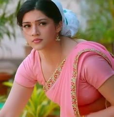 Indian beautiful girls hot images and bikini images and sexy thigh legs pictures and sexy novel pictures . Beautiful Blonde Girl, Beautiful Girl Photo, Beautiful Girl Indian, Most Beautiful Indian Actress, Beautiful Saree, Beautiful Gif, Cute Beauty, Beauty Full Girl, Beauty Women