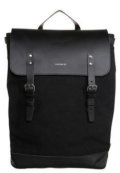 11 parasta kuvaa  Pack your backpack  f848118eb4