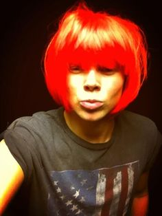 """Ashton Irwin looking like a drag queen. Still normal guys. Well..""""normal"""""""