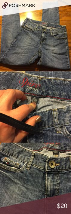 Tommy Hilfiger skinny jeans. Spirit Tommy skinny jeans! Great condition. Women's size 2A. Tommy Hilfiger Jeans Skinny