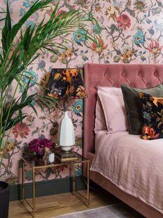 Master Bedroom Interior, Bedroom Green, Home Bedroom, Bedroom Decor, Bedroom Ideas, Bedrooms, Art Deco Bedroom, Deco Cool, Home Trends