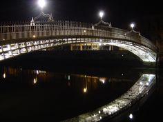 Ha'penny Bridge, a photo from Dublin, South | TrekEarth
