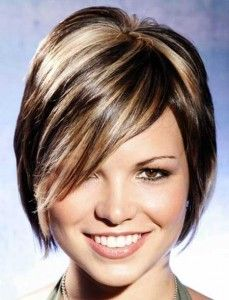 Color y mechas en pelo corto