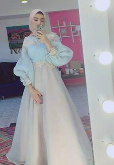 Dress Party Night Formal Style Super Ideas Source by dress Muslimah Wedding Dress, Hijab Evening Dress, Hijab Dress Party, Hijab Style Dress, Muslim Wedding Dresses, Dress Outfits, Prom Dresses, Dress Night, Party Outfits