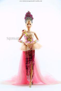 Indonesia s Supermodel Doll Wardrobe d3da976b55