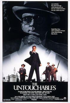 Los intocables de Eliot Ness. Brian De Palma, 1987. Sin duda, una de mis favoritas. También con banda sonora espectacular.