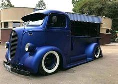old ford trucks Classic Pickup Trucks, Old Pickup Trucks, Chevy Trucks, Lifted Trucks, Dually Trucks, Mini Trucks, Cool Trucks, Cool Cars, Custom Trucks