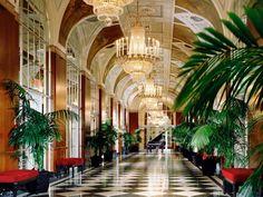 HD Waldorf Astoria Hotel wallpaper