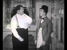 Dick und Doof (Laurel und Hardy) - Lachen reinigt die Zähne - YouTube