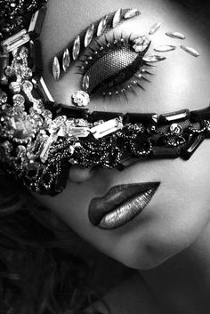 Make-up by Irina Nikitina. Photography by Anastasiya Sofronova. Beauty Crush, My Beauty, Beauty Hacks, Hair Beauty, Makeup Art, Beauty Makeup, Hair Makeup, Phoenix Makeup, The Ghostbusters