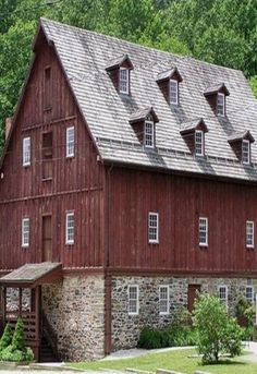 Burgundy Barn. . .wow, look at that roof