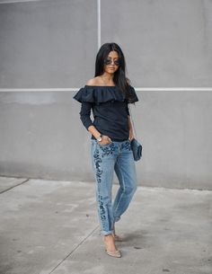 http://www.walkinwonderland.com/2017/01/floral-embroidered-jeans/