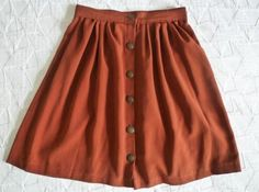 Button skirt tutorial