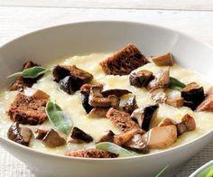 Vellutata di patate con funghi e crostini