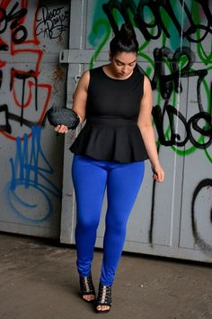 It is all about carrying yourself in style. Keep in mind any of these plus size peplum outfit ideas for a stylish look. plus size special occasion dresses Peplum Outfit, Curvy Girl Fashion, Love Fashion, Plus Size Fashion, Fashion Women, Mode Xl, Casual Outfits, Cute Outfits, Sneakers Mode