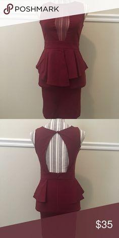 New Burgundy Peplum Dress New Peplum Burgundy Dress size Large fits true to size❣️ Lulu's Dresses Midi