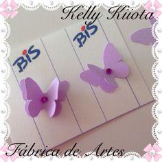 Embalagens personalizadas de bis. Borboletas lilás e branco