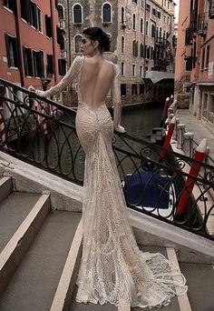 Hochzeitskleider 2015: Rückenfreies Spitzenkleid