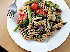 roasted asparagus and tomato pasta salad with goat cheese